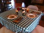 the kids' table was cute...